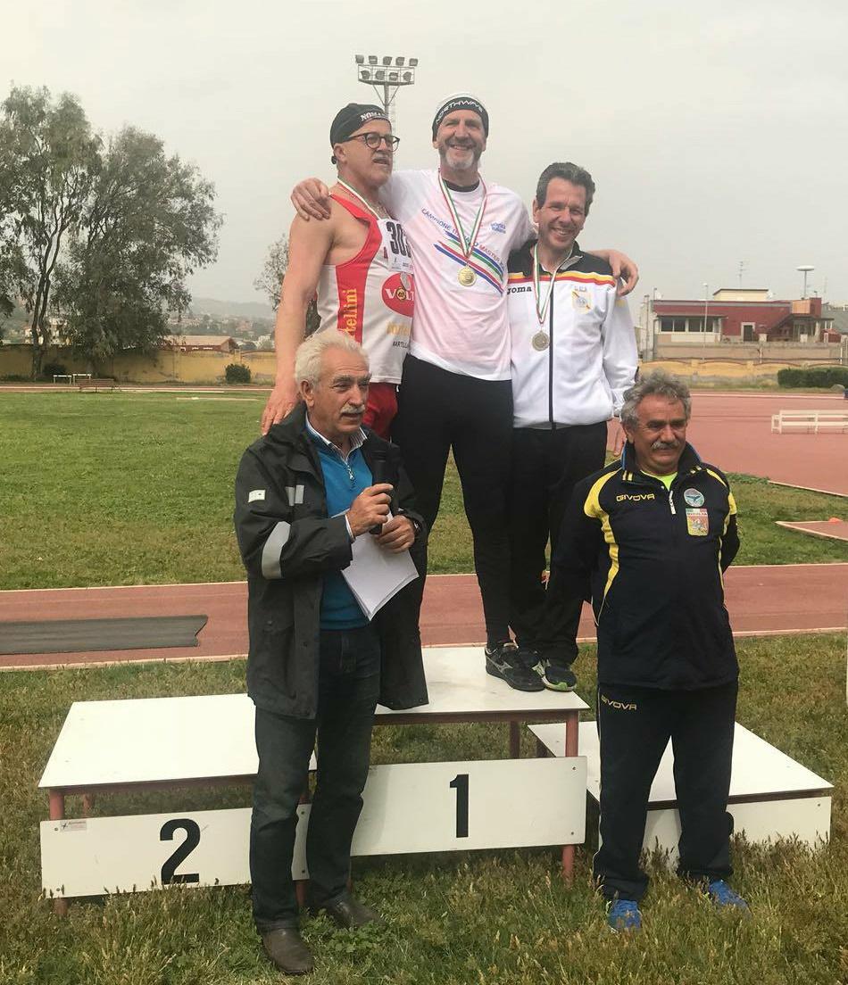 Tricolori master di pentalanci meneghin da record nel for Voltan tortellini